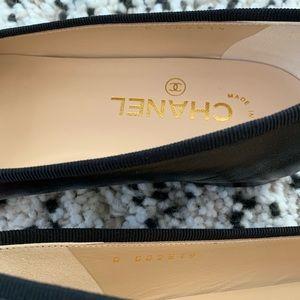 CHANEL Shoes - Chanel black ballet flats 38